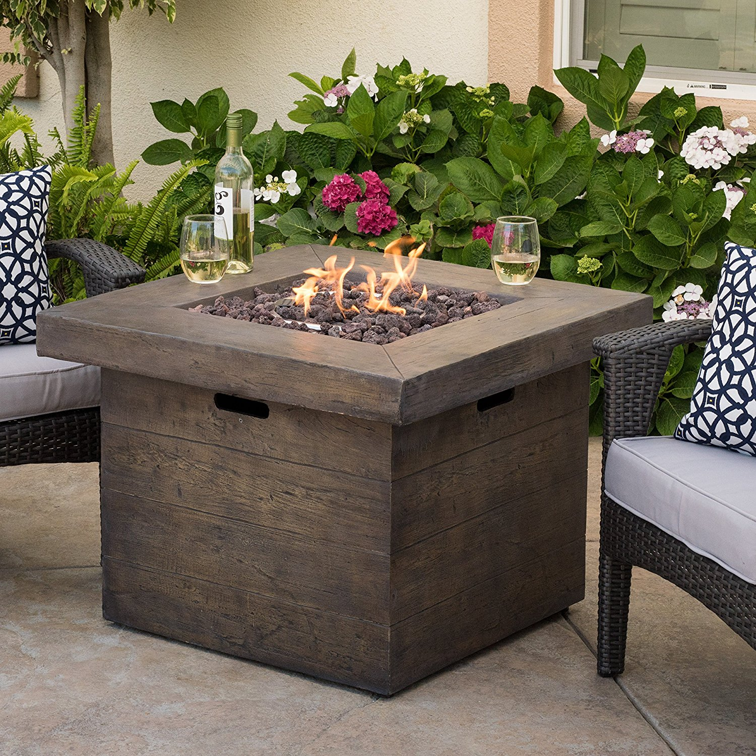 Propane fire pit on wood deck - Things I Liked