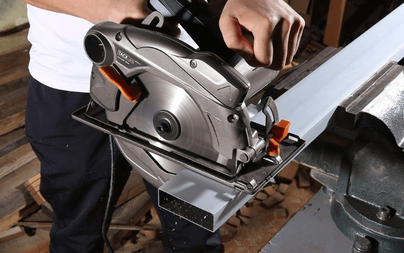 Best Circular Saw Our Top 10 Picks And Buying Guide (1)